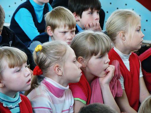 Зрители пасхального спектакля в Некрасовском интернате